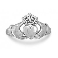 Claddagh Oxidized Sterling Silver Ring