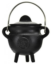 Pentacle Cast Iron Mini Cauldron with Lid Mystic Convergence Metaphysical Supplies Metaphysical Supplies, Pagan Jewelry, Witchcraft Supply, New Age Spiritual Store