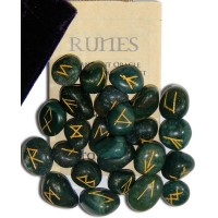 Bloodstone Green Gemston Rune Set