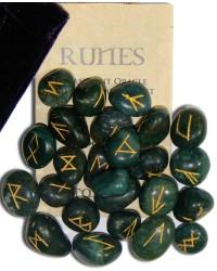 Bloodstone Green Gemston Rune Set